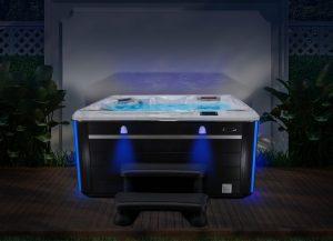 HP20-2020-SCHT-570-Wet-Southern-Lights--Blue-Yard--Image1-720x520-b4a39d38-564c-49bb-bbd7-ee5bcb8c03a0